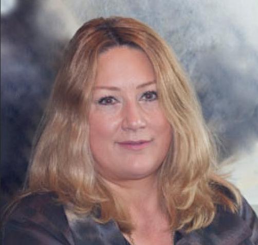 Leslie designer